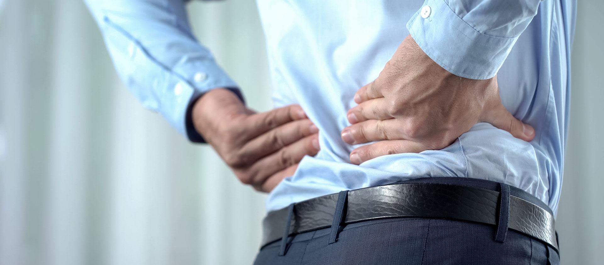 Dores nas costas causam milhares de afastamentos