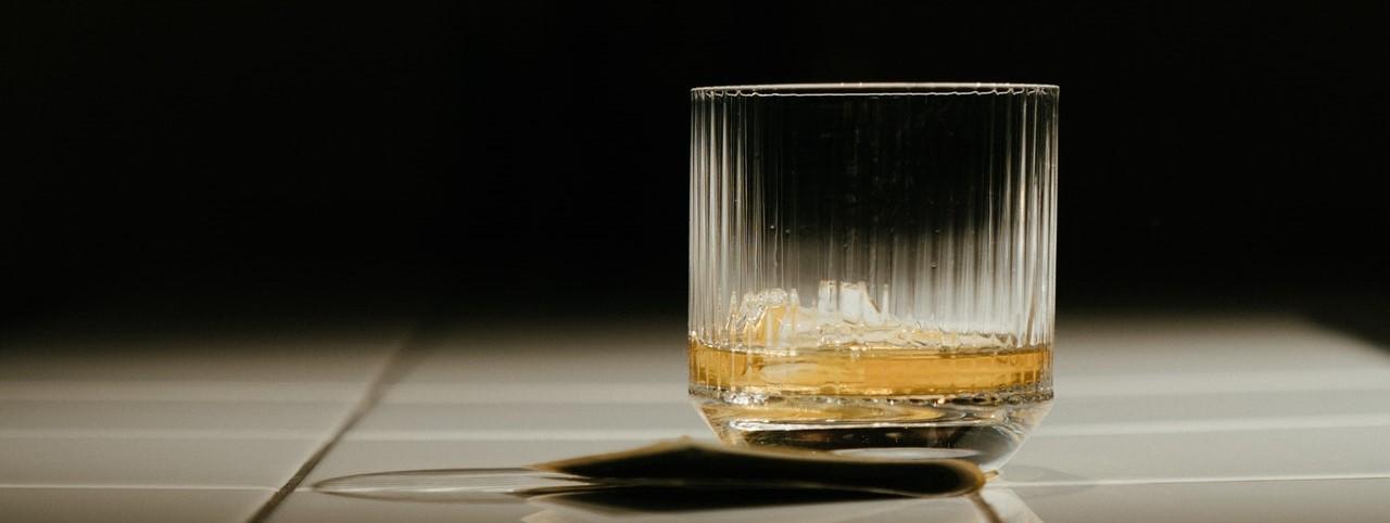 O alto consumo de álcool no Brasil e suas consequências à saúde